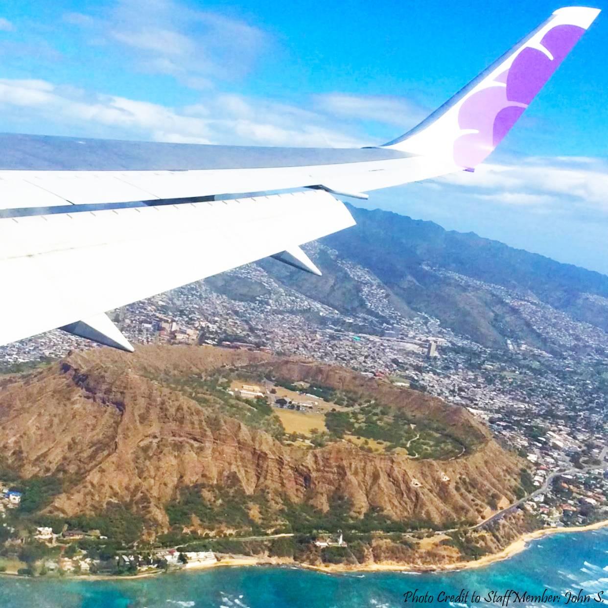 Vacation flight over Oahu